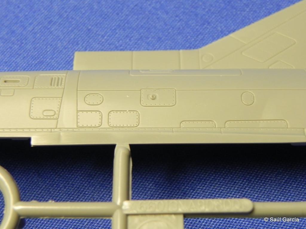AMK8801KfirzDetail03.JPG