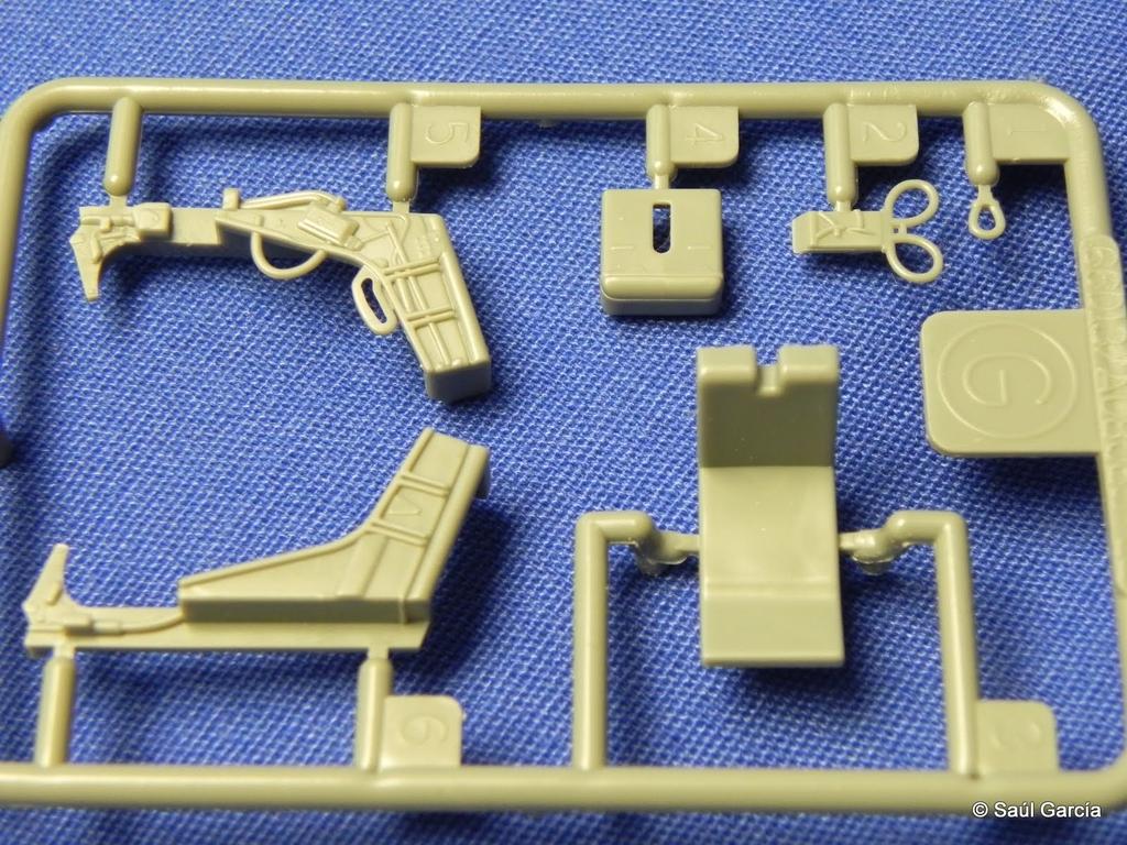AMK8801KfirzDetail10.JPG